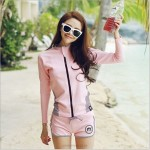 Long Sleeves Sun Protective Clothing Quick Drying Women Pink Two Piece Diving Suit